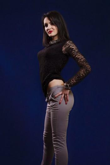 Elena I sedinta foto